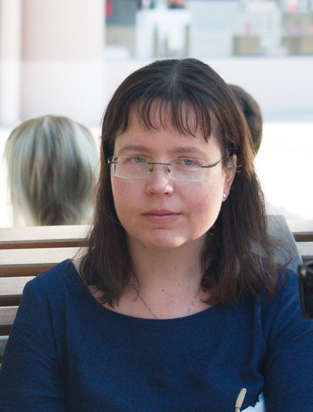 Eglė Perednytė. Poezija