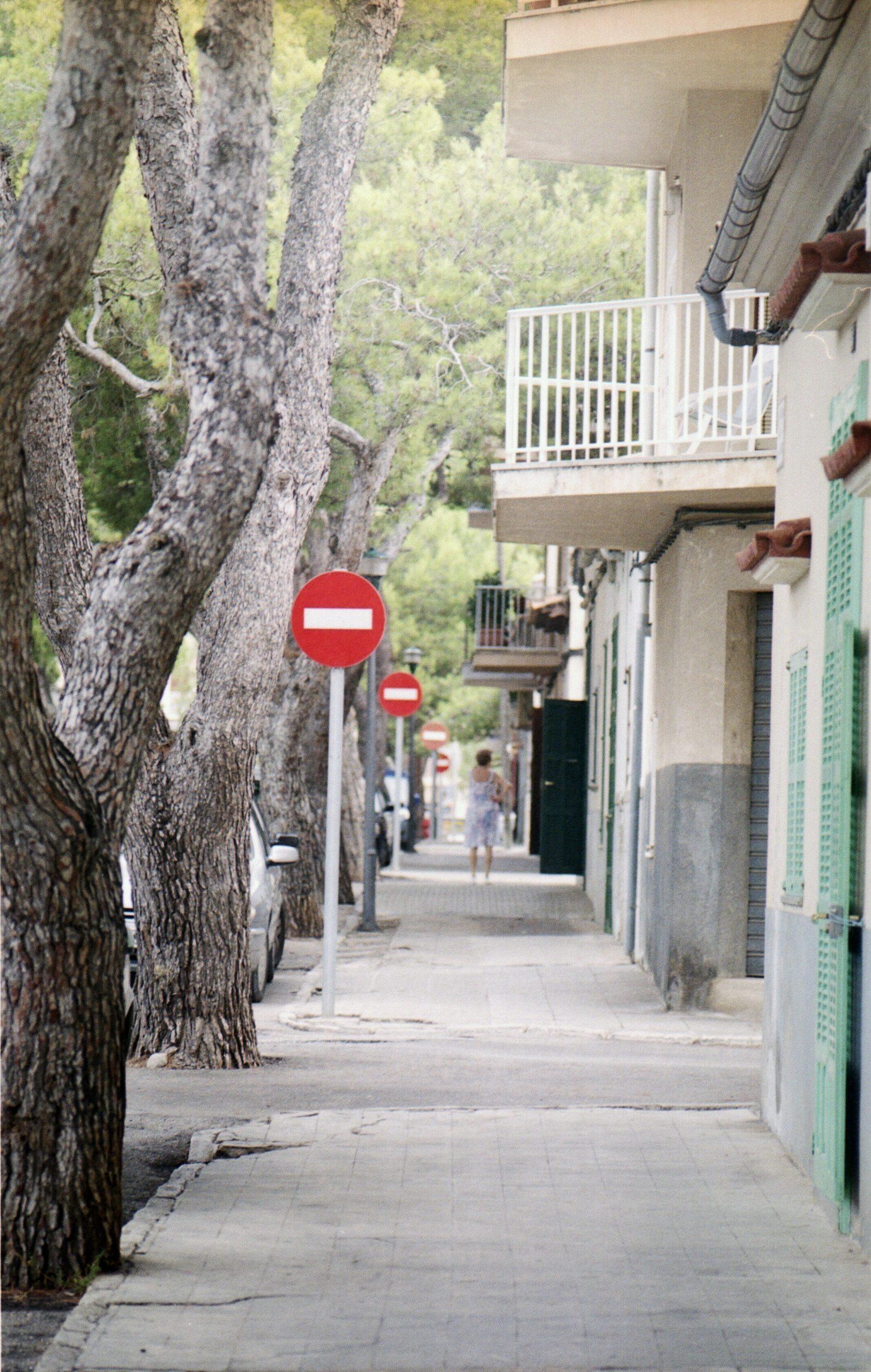 """Mariella Sala. """"Barselona"""" (iš ispanų k. vertė Bronius Dovydaitis)"""