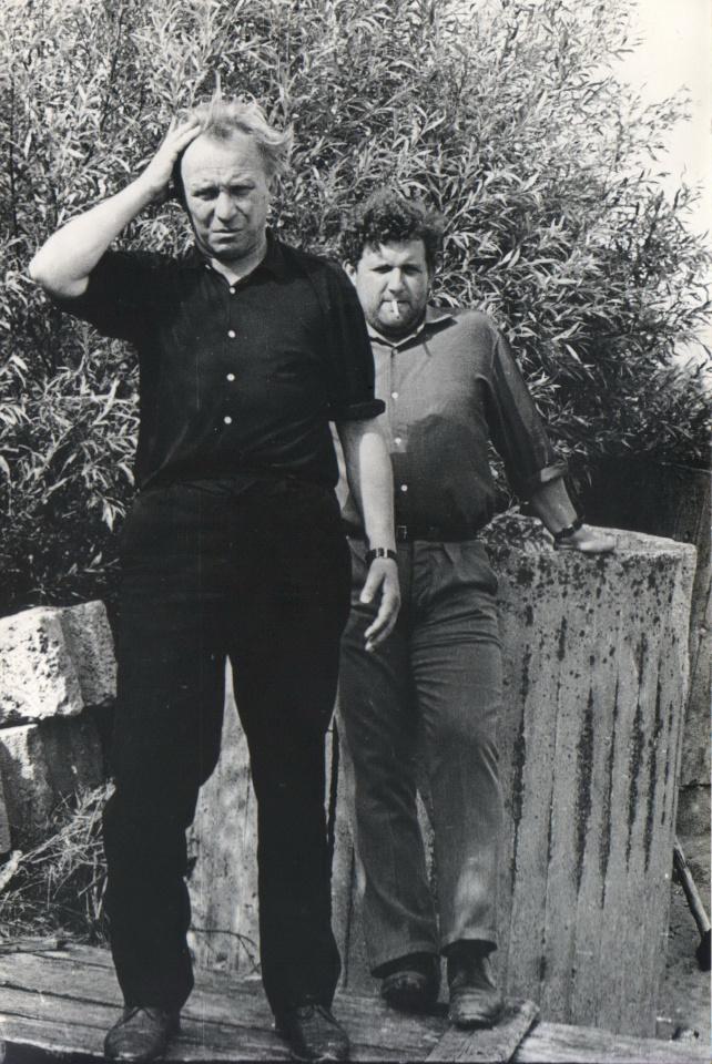 V. Žvirdauskas su A. Mikuta apie 1970 m. Nidoje