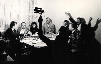 Linos Čekauskaitės ir Vidos Ulytės diplomų laistymas
