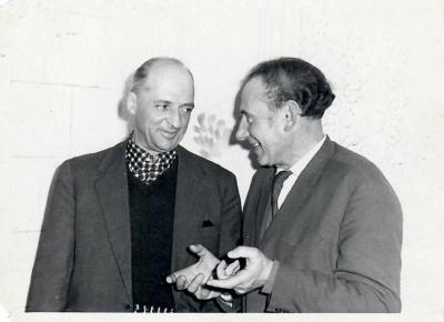 Poetas Kazys Zupka-Kecioris su aktoriumi Stasiu Radzevičiumi