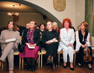 D. Čiočytė, V. Daujotytė, D. Jankauskaitė, V. Mickuvienė ir I. Klusaitė