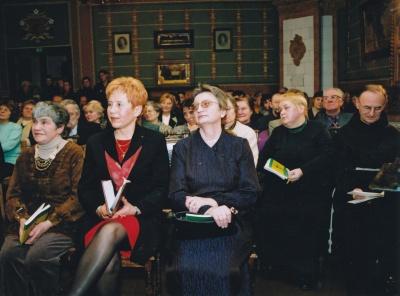 A. E. Puišytė, A. Ruseckaitė, R. Vinciūnienė, D. Zelčiūtė ir Tėvas Severinas