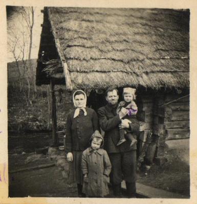 V. Vaitkevičius su šeima
