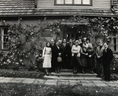 Naujos literatūrinės ekspozicijos atidarymas B. Sruogos memorialiniame muziejuje. Kaunas, 1984 m.