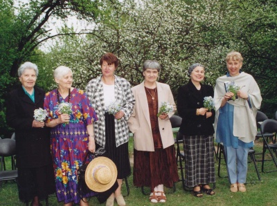 Poezijos pavasaris-2000. S. Nėries memorialinio muziejaus sode